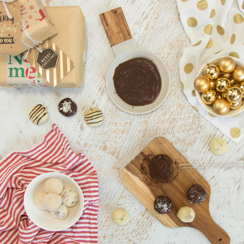 Aunty J's Truffle Recipes, A Dietitian and a Photographer, Christmas Truffles