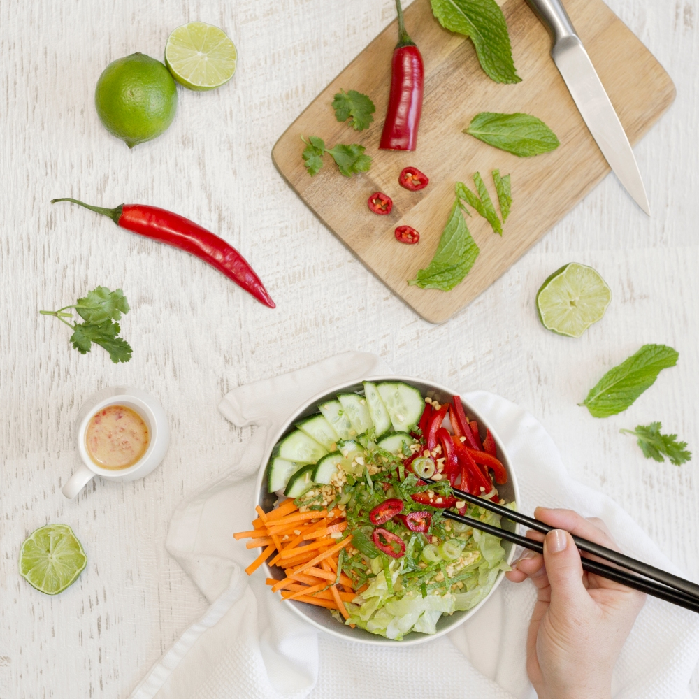 Noodle bowl, vietnamese, A dietitian and a photographer1